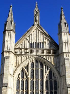 Explore Winchester Cathedral